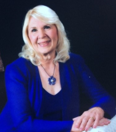 Parkinson Place Chorus with Julie Rohr-McHugh